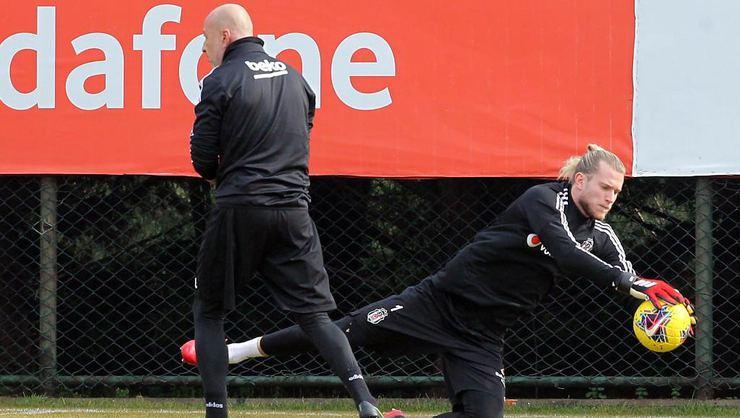 Karius, Liverpool'dan bonservisini bedava alarak Beşiktaş'ta kalmayı hedefliyor