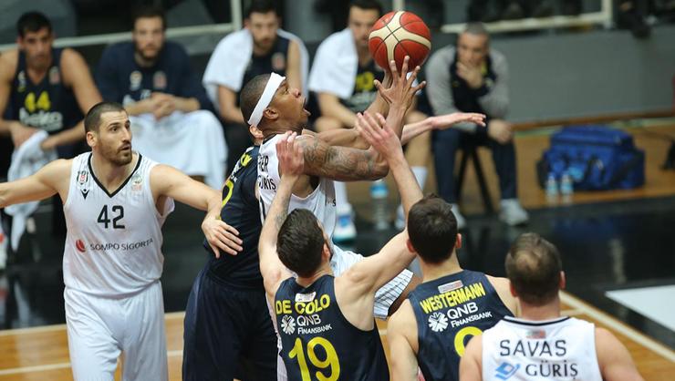 Beşiktaş Basketbol Takımı'nda korona virüsü kontrolü