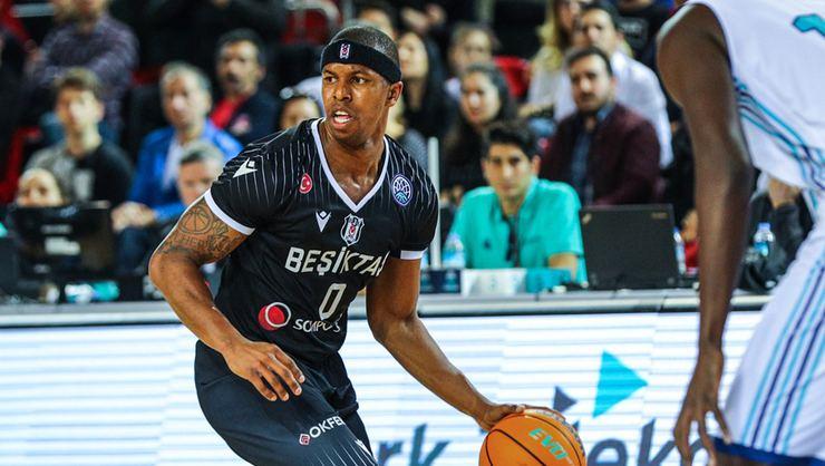 Beşiktaş'ta ayrılık... Yıldız oyuncu ülkesine döndü