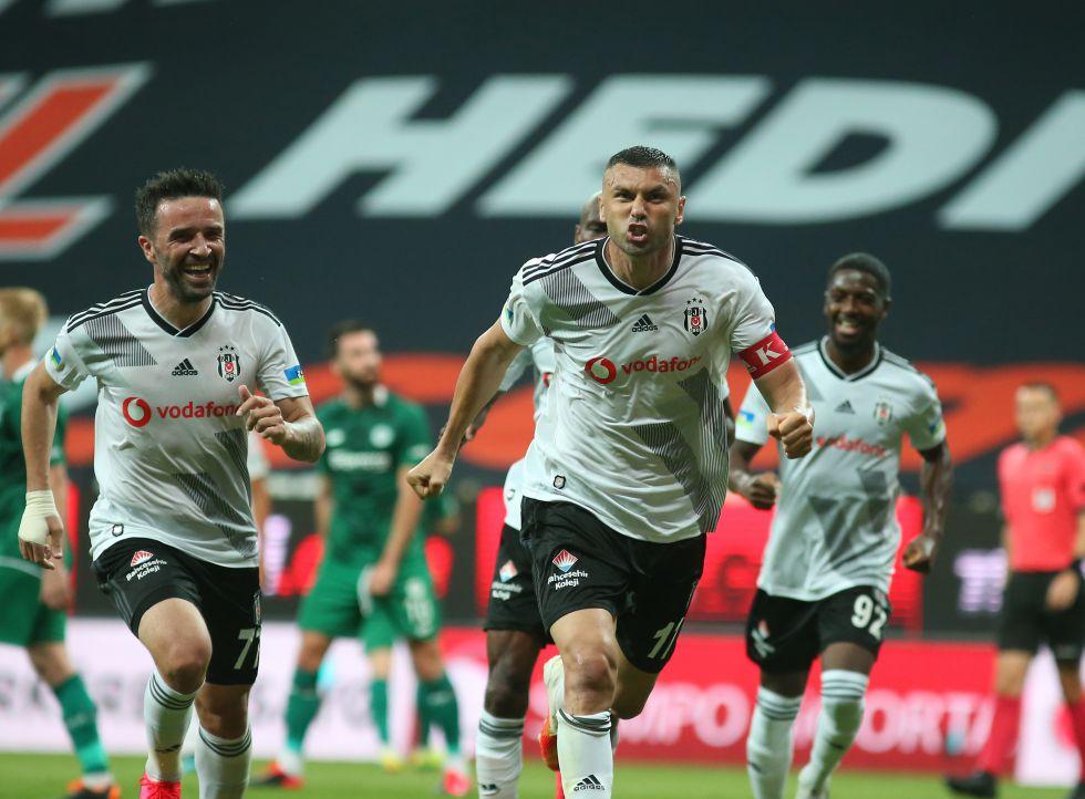 Beşiktaş'ta en büyük adım derbide!