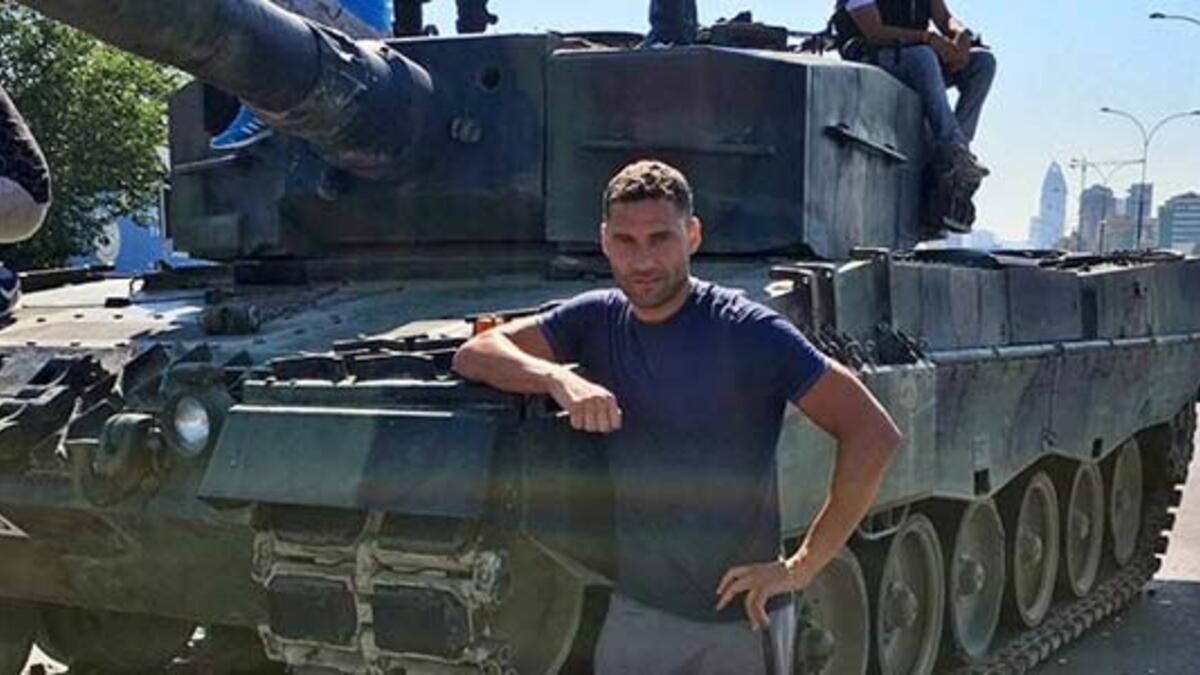 Dusko Tosic'e bıçaklı saldırı