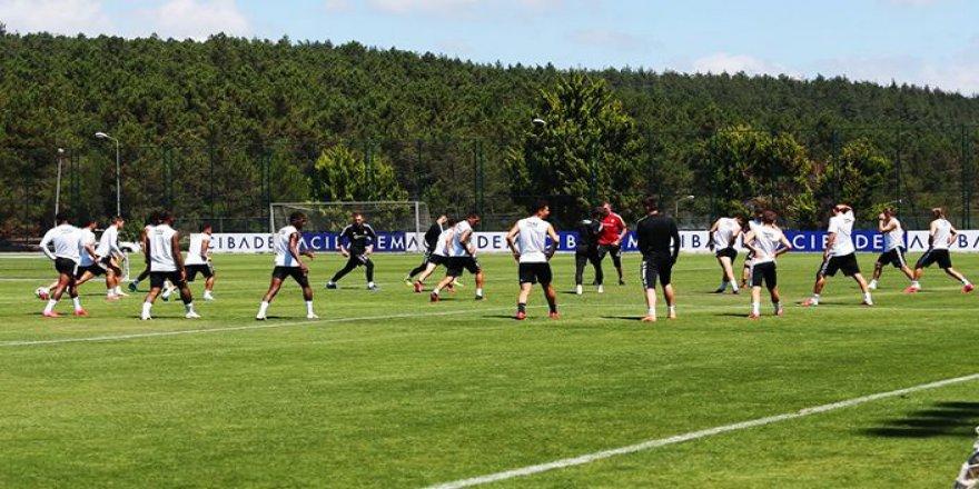 Beşiktaş'a derbi öncesi izin