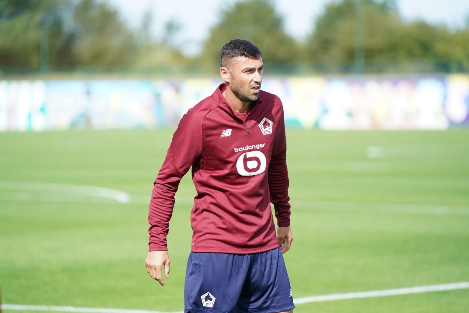 Lille'in yeni golcüsü Burak Yılmaz ilk 11'de forma giydi