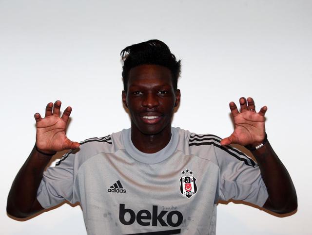 Beşiktaş ilk transferini açıkladı: Fabrice N'Sakala