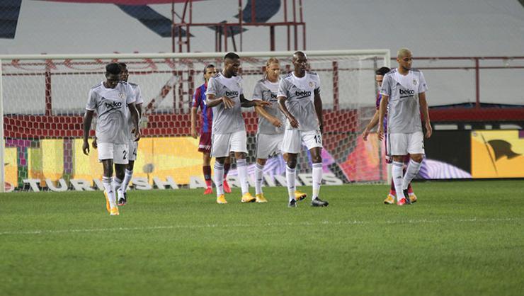 Beşiktaş-Antalyaspor maçı muhtemel 11'leri belli oldu
