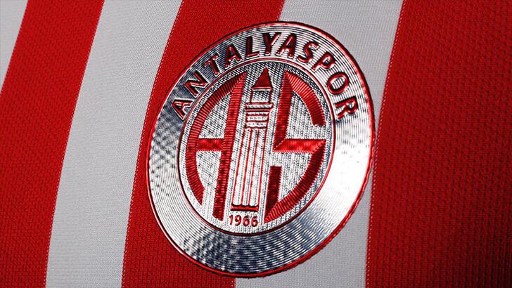 Antalyaspor'da 50 korona vakası! Beşiktaş maçı ertelenebilir