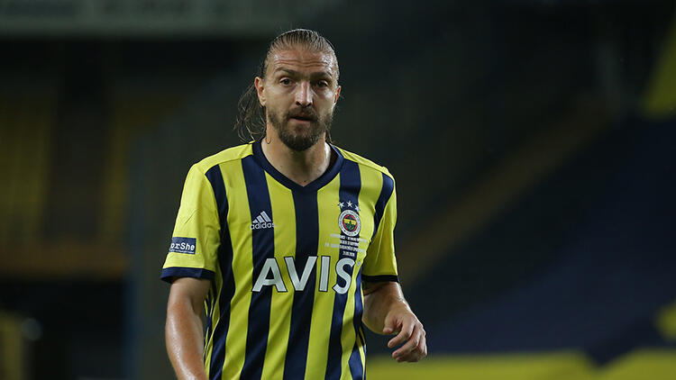 Fenerbahçe'den Caner Erkin, Beşiktaş'ı icraya verdi