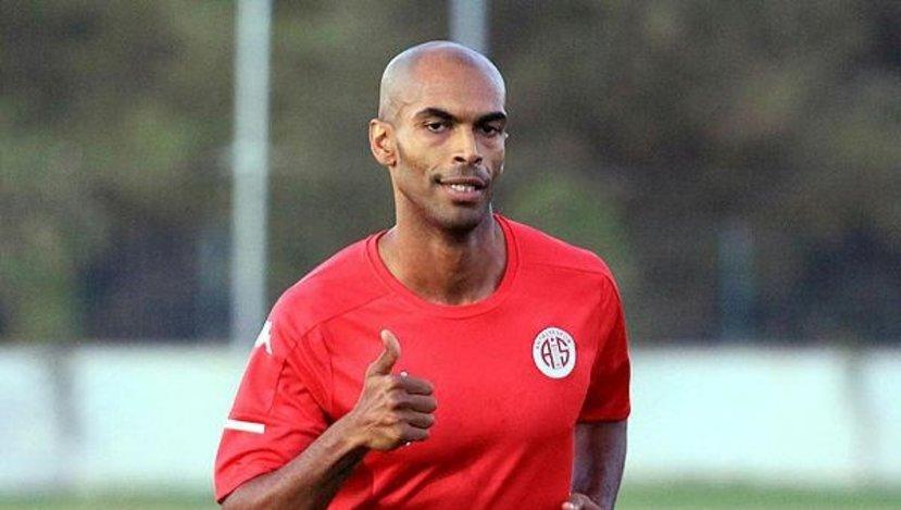 Antalyaspor'un yeni transferi Naldo'dan Beşiktaş itirafı!