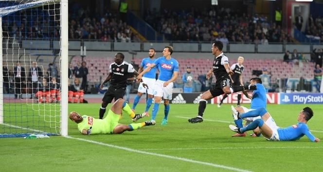 TARİHTE BUGÜN | Beşiktaş, Napoli'yi deplasmanda 3 golle yendi