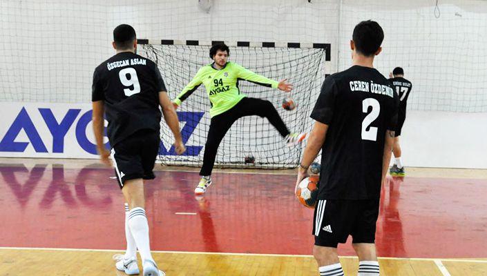 Beşiktaş Aygaz Takımı'nda 5 oyuncu Magdeburg maçında forma giyemeyecek