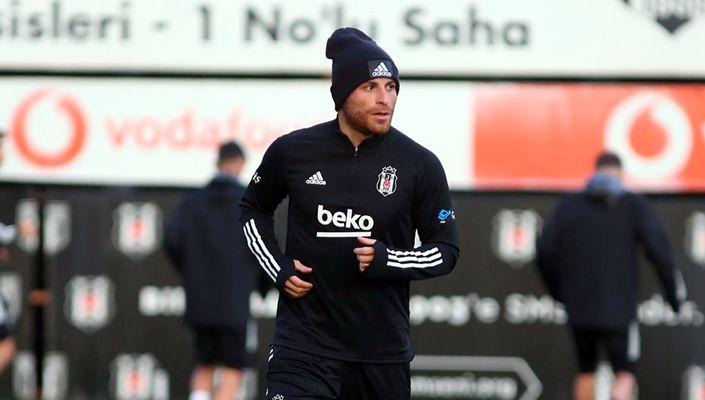 Beşiktaş, Gökhan Töre'nin tedavisine başlandığını açıkladı