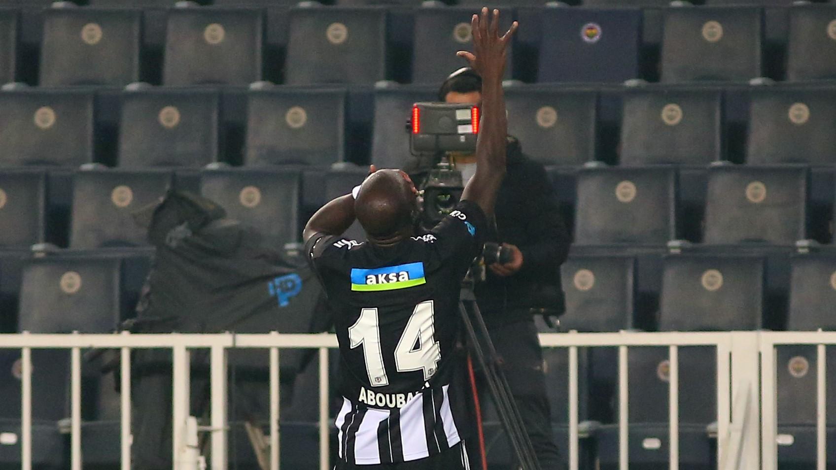Aboubakar'ın Fenerbahçe maçındaki sevinci, Kumba'ya bir selam...