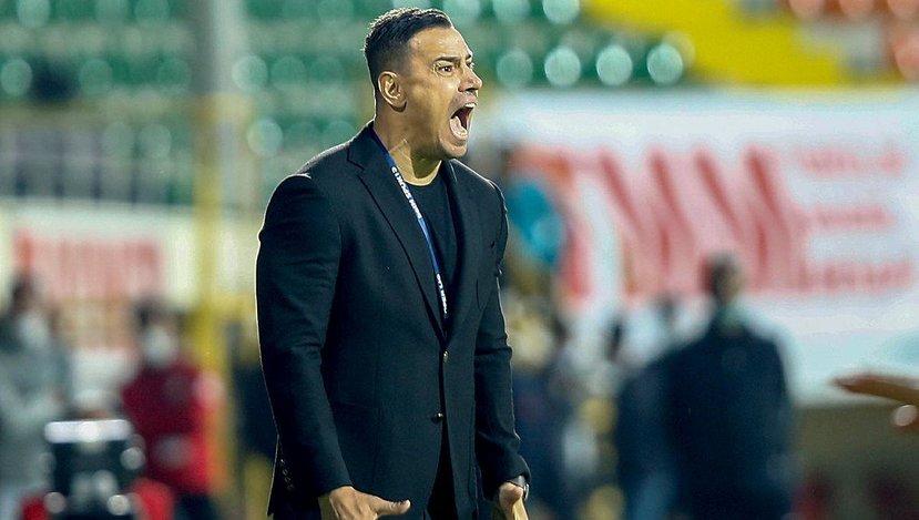 Alanyaspor Teknik Direktörü Çağdaş Atan Beşiktaş maçında sahada olacak mı?