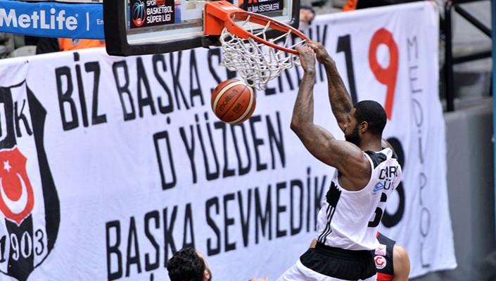 Beşiktaş Sompo Japan Antep'i mağlup etti