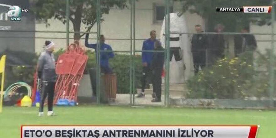 Eto'o, Beşiktaş'ın antrenmanını izledi