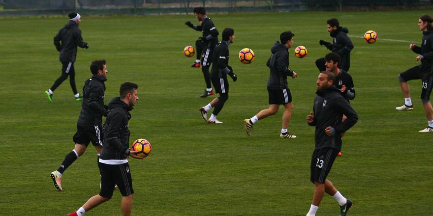 Beşiktaş'ta antrenmanlar devam ediyor