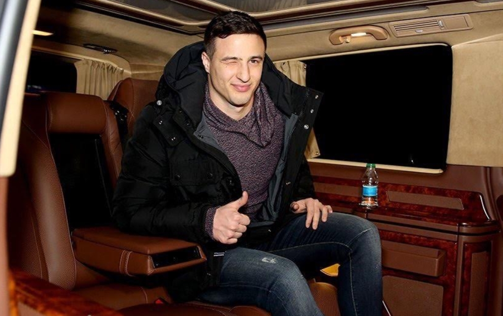 Mitrovic gitti, Rijeka panikledi