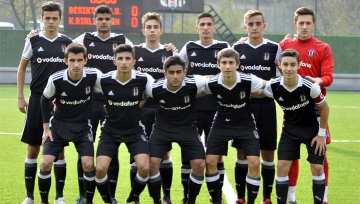 Ümraniyespor:0 - Beşiktaş:1 (U-17)