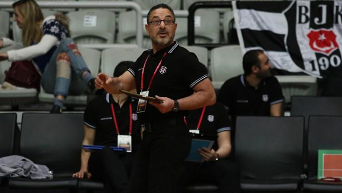 Beşiktaş'ın antrenörü ameliyat oldu