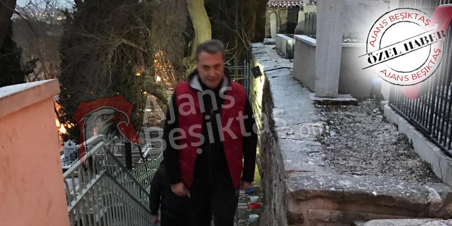 ÖZEL | Fikret Orman, Şeref Bey'in kabrinde