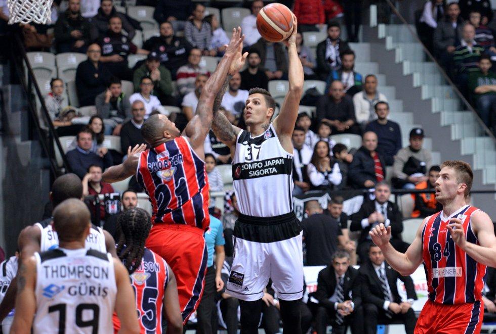 Beşiktaş zorlanmadan kazandı