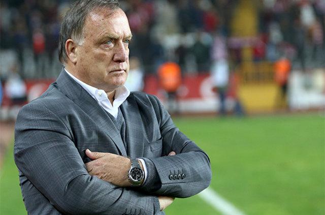 Beşiktaş'tan Dick Advocaat'a sert sözler