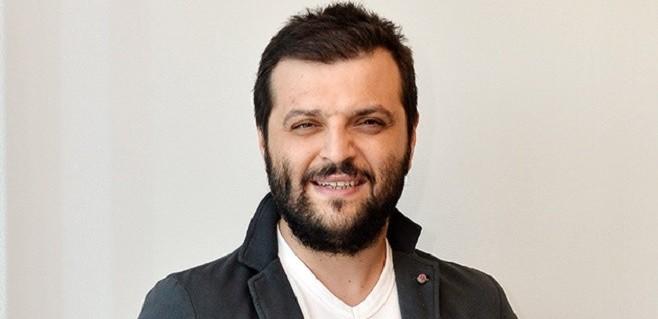 Candaş Tolga Işık, ''Bırakmam Seni'' kampanyası için 50 bin TL bağışladı