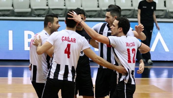 Beşiktaş, MSK Urfa'yı 3-0 mağlup etti