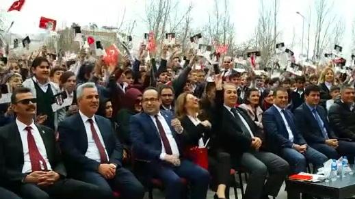 Beşiktaşlı işadamlarından Van Ercişli öğrencilere ziyaret