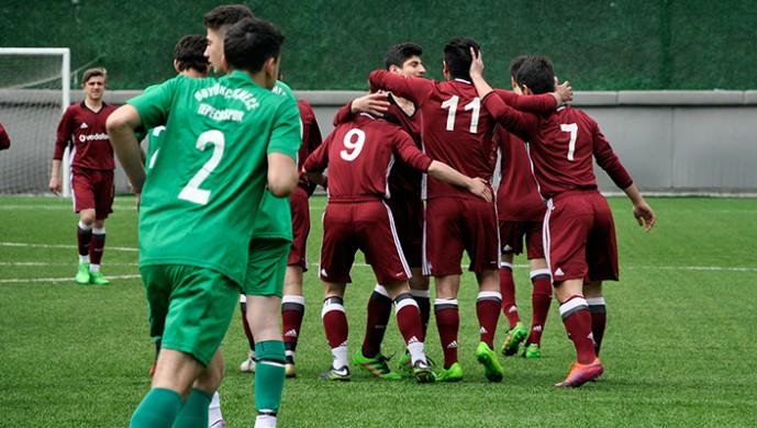 Beşiktaş U-16 5 golle galip