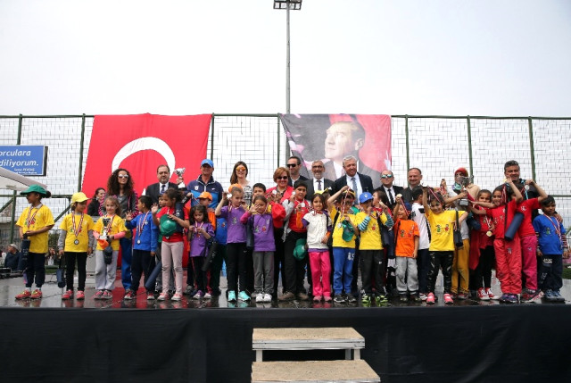 Beşiktaş Atletizm Şube Sorumlusu, Konak'taki törene katıldı