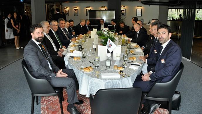 Beşiktaş'tan UEFA ve Lyon'a yemek