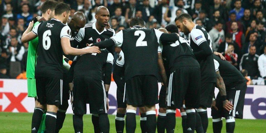 Beşiktaş penaltılarda veda etti