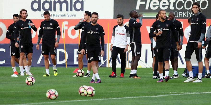 Antrenmanlar bitti, Beşiktaş kampa giriyor!