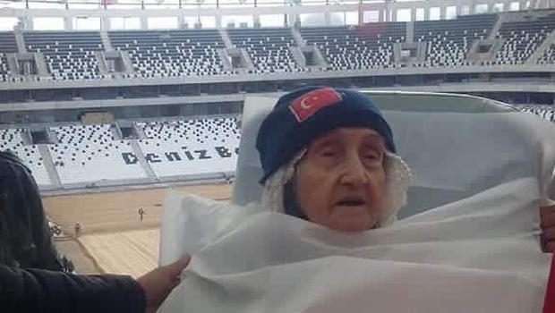 Vodafone Arena'ya sedye ile gelmişti! Meryem Nine'yi kaybettik