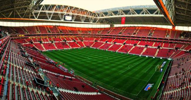 1 Beşiktaş kombinesi fiyatına, 2 G.Saray kombinesi