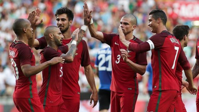 Portekiz'in 11'i belli oldu! Quaresma ve Pepe...