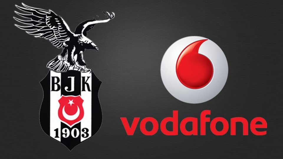 Vodafone Kara Kartallılar, Beşiktaş kampını ziyaret etti