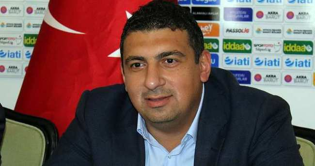 """Ali Şafak Öztürk'ten Fikret Orman'a cevap: """"Fikret Orman, mikrofonlara konuşmayı seviyor"""""""