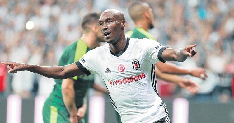 Atiba, Süper Lig'in zirvesinde! Tolgay hemen peşinde...