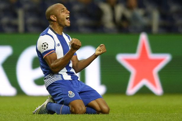 Brahimi transferinde son durum! Everton...