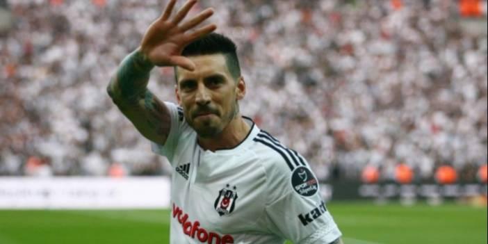 Beşiktaş'a gelmek için haber gönderen Sosa, siyah - beyazlılardan ayrılırken bir sayfa mesaj yayınlamıştı! İşte o açıklama