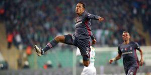 Beşiktaş'ta Adriano'ya Çin'den transfer teklifi iddiası