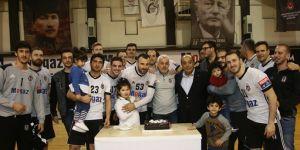 Beşiktaş Mogaz üst üste 100. galibiyetini kutladı!