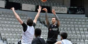 Beşiktaş Sompo Japan derbi hazırlıklarını sürdürdü