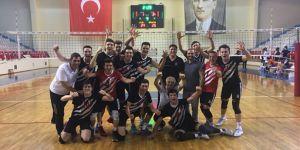Beşiktaş Genç Erkek Voleybol Takımı, Türkiye Şampiyonası'nda yarı finale yükseldi