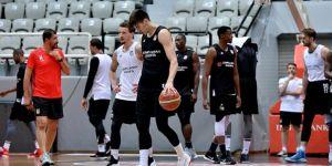 Beşiktaş Sompo Japan hazırlıklarını sürdürdü