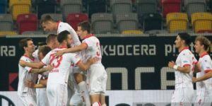 Bundesliga ekibi Fortuna Düsseldorf Beşiktaş'ın listesinde yer alan isimle kontrat yaptı!