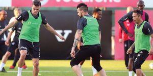 Şenol Güneş, Pepe ve Adriano'nun takımda kalmasını istedi