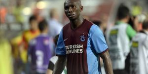Eski Trabzonsporlu Mbia, Beşiktaş'a önerildi!
